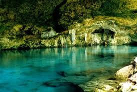 Air Bawah Tanah Mexico...