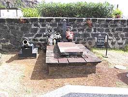 Kuburan Olivier Levasseur...